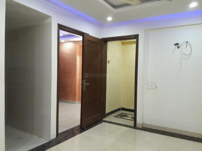 Gallery Cover Image of 700 Sq.ft 2 BHK Apartment for buy in Chhattarpur for 4200000