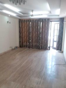 Gallery Cover Image of 1850 Sq.ft 3 BHK Apartment for rent in DDA Flats Sarita Vihar, Sarita Vihar for 28000