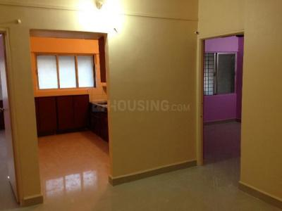 Gallery Cover Image of 750 Sq.ft 2 BHK Apartment for rent in Vishrantwadi for 15000