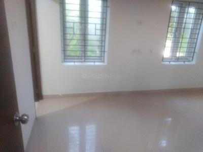 Gallery Cover Image of 1600 Sq.ft 3 BHK Apartment for rent in Neelankarai for 50000