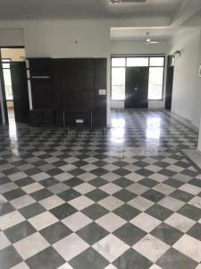 Gallery Cover Image of 6500 Sq.ft 4 BHK Independent House for rent in DLF Farms for 350000