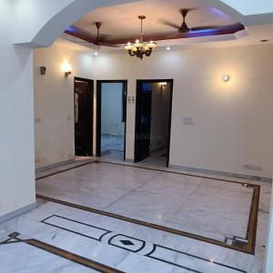 Gallery Cover Image of 6000 Sq.ft 6 BHK Independent House for buy in Unitech South City 1, Sector 41 for 31000000