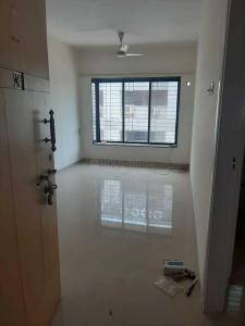 Gallery Cover Image of 600 Sq.ft 1 BHK Apartment for rent in Raheja Raheja Vihar, Powai for 32000