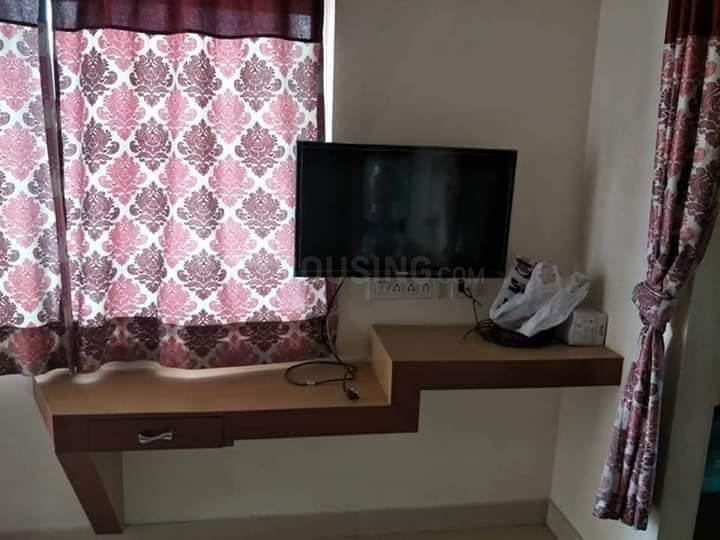 Living Room Image of 600 Sq.ft 1 BHK Apartment for rent in Hitech City for 21000