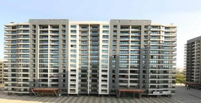 Gallery Cover Image of 1340 Sq.ft 3 BHK Apartment for rent in Mira Road East for 26000