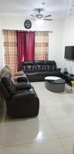Gallery Cover Image of 1590 Sq.ft 3 BHK Apartment for rent in Gaursons Saundaryam, Noida Extension for 30000