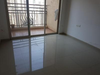 Gallery Cover Image of 910 Sq.ft 2 BHK Apartment for rent in Nahar Laurel and Lilac, Powai for 40000