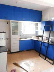 Gallery Cover Image of 1400 Sq.ft 2 BHK Apartment for rent in Kasavanahalli for 29000