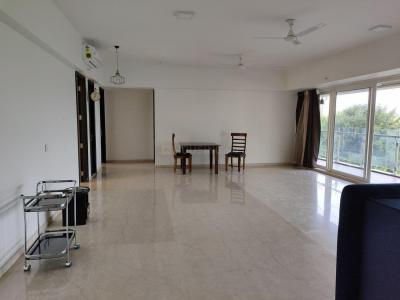Gallery Cover Image of 3250 Sq.ft 4 BHK Apartment for rent in Kandivali East for 150000