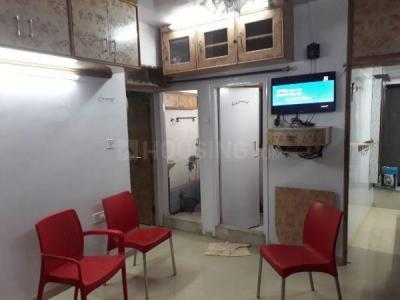 Gallery Cover Image of 420 Sq.ft 1 BHK Apartment for rent in Dadar East for 35000