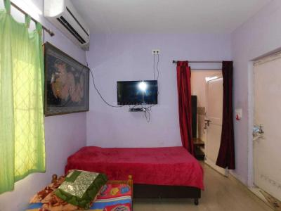 Bedroom Image of Sri Niwas in Mayur Vihar Phase 1