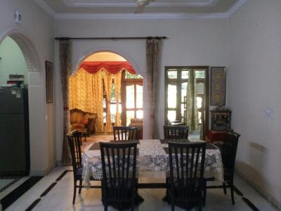 Gallery Cover Image of 4200 Sq.ft 7 BHK Independent House for buy in Sector 5 for 36000000