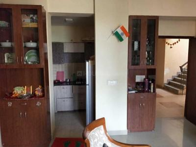 Gallery Cover Image of 955 Sq.ft 2 BHK Apartment for rent in Sector 135 for 10000