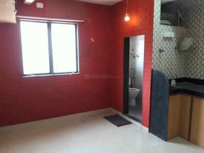 Gallery Cover Image of 200 Sq.ft 1 RK Apartment for rent in Bandra West for 25000