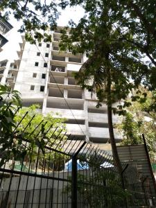 Gallery Cover Image of 1584 Sq.ft 3 BHK Apartment for buy in Andheri West for 32700000
