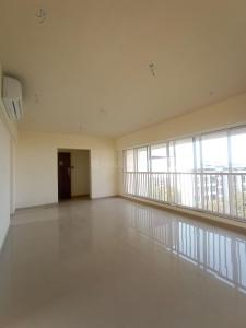 Gallery Cover Image of 1300 Sq.ft 3 BHK Apartment for rent in Parinee Adney, Dahisar West for 45000
