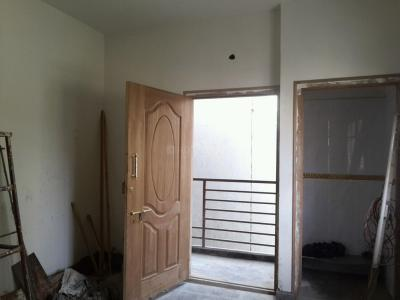 Gallery Cover Image of 500 Sq.ft 1 BHK Independent Floor for rent in Shanti Nagar for 15000