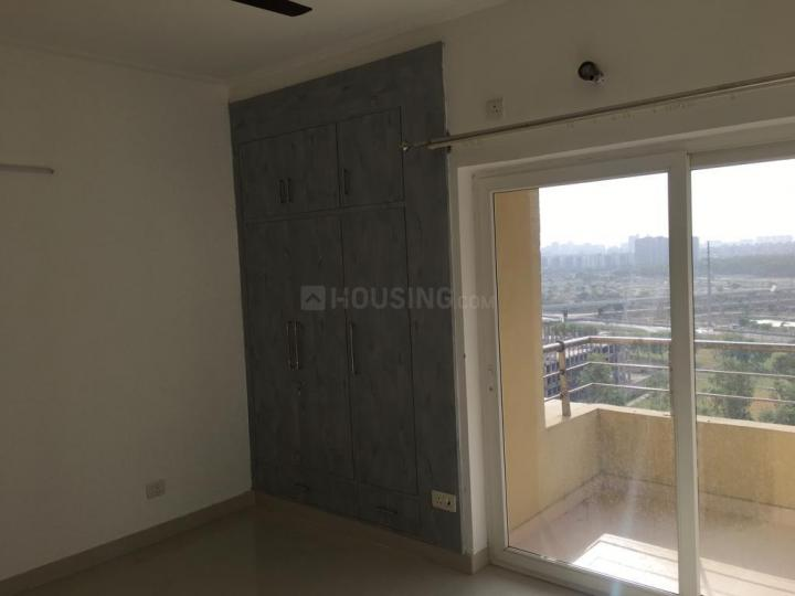Bedroom Image of 1685 Sq.ft 3 BHK Apartment for buy in Sector 137 for 7400000