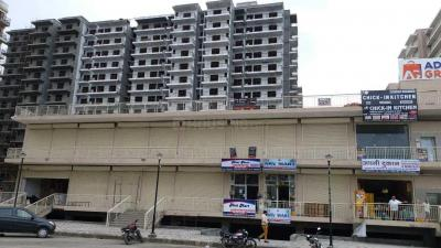 Gallery Cover Image of 900 Sq.ft 3 BHK Apartment for buy in Adore Happy Homes Grand, Sector 85 for 3000000