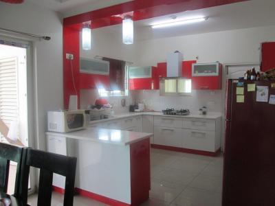 Gallery Cover Image of 2500 Sq.ft 5 BHK Apartment for rent in Kondapur for 36000