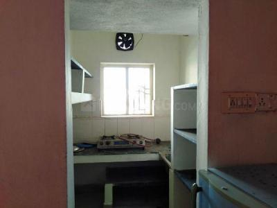 Gallery Cover Image of 650 Sq.ft 1 BHK Independent Floor for rent in Mugalivakkam for 12000
