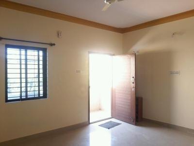 Gallery Cover Image of 850 Sq.ft 2 BHK Apartment for rent in C V Raman Nagar for 15000