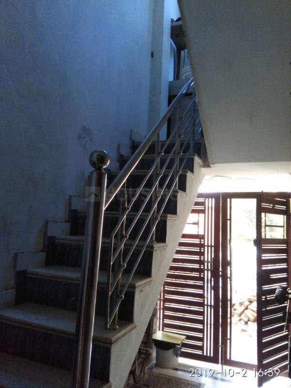 Staircase Image of 1800 Sq.ft 3 BHK Independent House for buy in Sector 105 for 5000000