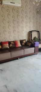 Gallery Cover Image of 5000 Sq.ft 5 BHK Independent House for buy in Palam Vihar for 42500000