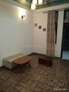 Gallery Cover Image of 650 Sq.ft 1 BHK Independent Floor for rent in Shakti Khand for 9500