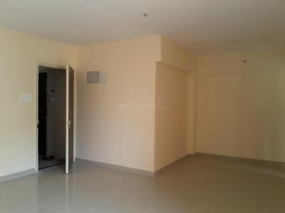 Gallery Cover Image of 932 Sq.ft 2 BHK Apartment for buy in Mulund East for 14000000