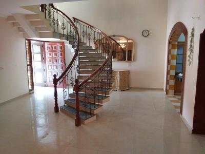 Gallery Cover Image of 5500 Sq.ft 5 BHK Independent House for buy in Palam Vihar for 52500000