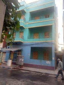 Gallery Cover Image of 1050 Sq.ft 4 BHK Independent Floor for rent in Maniktala for 18000