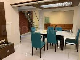 Gallery Cover Image of 1100 Sq.ft 3 BHK Apartment for rent in Captain Villa Apartments, Bandra West for 125000