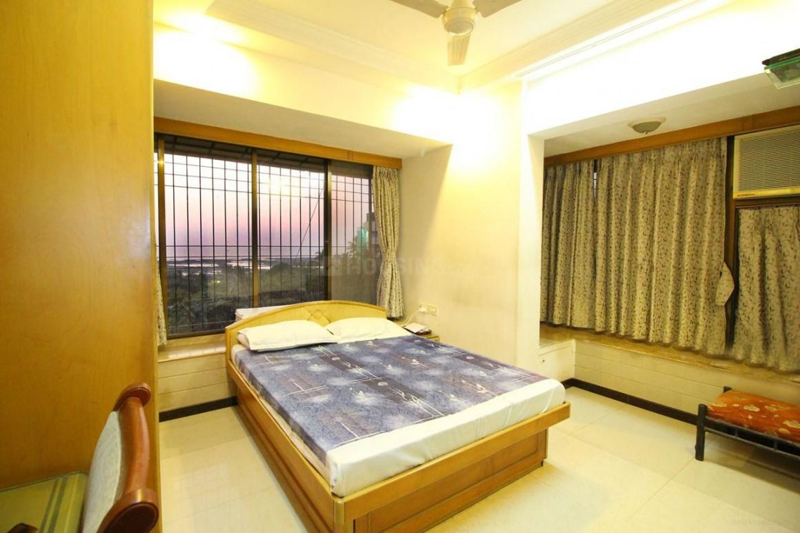 Bedroom Image of 1600 Sq.ft 2 BHK Apartment for rent in Bandra West for 200000