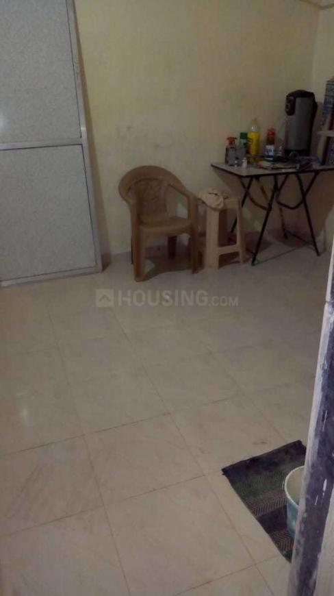 Living Room Image of 350 Sq.ft 1 BHK Independent House for buy in Dahisar East for 3800000