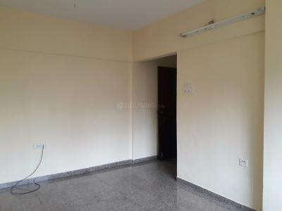 Gallery Cover Image of 565 Sq.ft 1 BHK Apartment for rent in Malad East for 25000