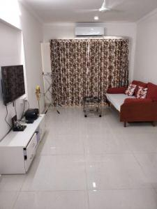 Gallery Cover Image of 890 Sq.ft 2 BHK Apartment for rent in Sethia Grandeur, Bandra East for 60000