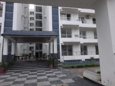 Gallery Cover Image of 2350 Sq.ft 3 BHK Apartment for rent in JJ Buildtech Shivalik Exotica, Nehrugram for 30000