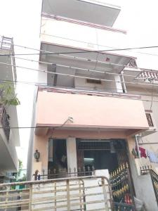 Gallery Cover Image of 4000 Sq.ft 2 BHK Independent House for buy in Padmarao Nagar for 6300000