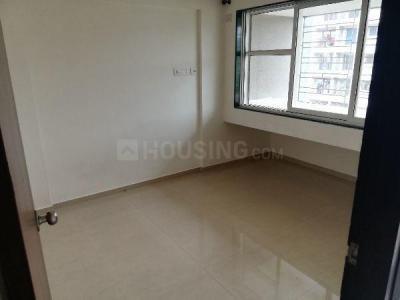 Gallery Cover Image of 450 Sq.ft 1 BHK Apartment for rent in Spring Grove Uno Society, Kandivali East for 16000