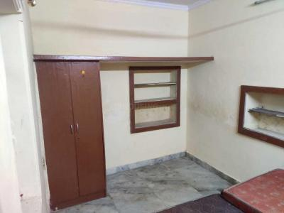 Gallery Cover Image of 520 Sq.ft 1 BHK Independent Floor for rent in Govindpuri for 8000