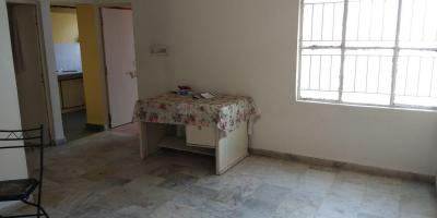 Gallery Cover Image of 1200 Sq.ft 2 BHK Apartment for rent in Chanakyapuri for 12500