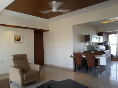 Gallery Cover Image of 1700 Sq.ft 2 BHK Apartment for rent in Khar West for 160000
