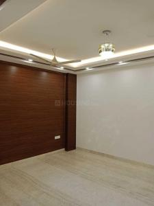 Gallery Cover Image of 900 Sq.ft 2 BHK Independent Floor for buy in RWA Sant Nagar, Sant Nagar for 9500000