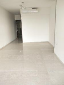 Gallery Cover Image of 2425 Sq.ft 3 BHK Apartment for rent in L&T Crescent Bay T5, Parel for 100000