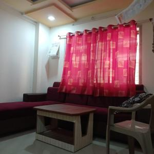 Gallery Cover Image of 670 Sq.ft 1 BHK Apartment for rent in Tembhode for 5500
