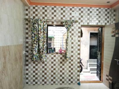 Gallery Cover Image of 600 Sq.ft 2 BHK Villa for rent in Kandivali West for 16000