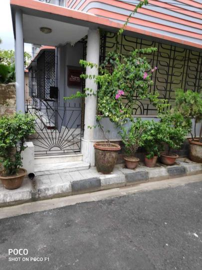 Building Image of 1100 Sq.ft 3 BHK Independent House for rent in Lake Gardens for 35000