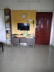 Gallery Cover Image of 600 Sq.ft 1 BHK Apartment for rent in Crystal Isle 2, Goregaon East for 22000