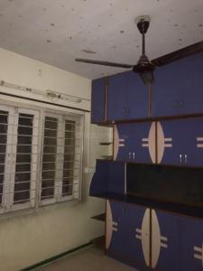Gallery Cover Image of 1250 Sq.ft 2 BHK Apartment for rent in Naranpura for 14000